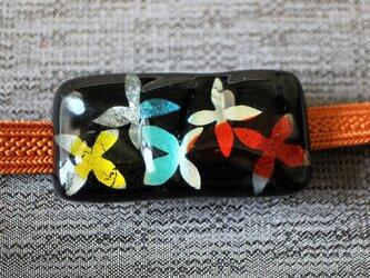 花ちらし*ガラスの帯留めの画像