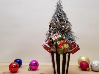 ギフトボックスクリスマスツリーの画像