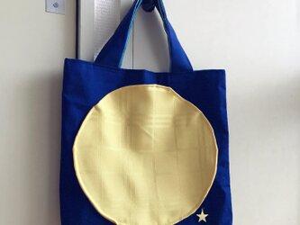 満月の手提げバッグの画像