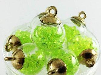 送料無料 ガラスドーム 16mm 8個 完成品 ライトグリーン チャーム ピアス イヤリング パーツ (AP0266)の画像