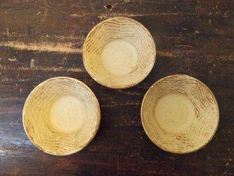 黄いらぼ小鉢(樹模様)の画像