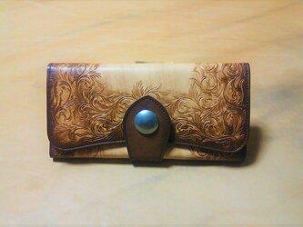 高級ヌメ革使用の三折り財布 唐草模様 アンティークの画像