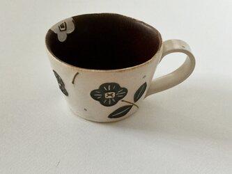 花マグ(白×茶)の画像