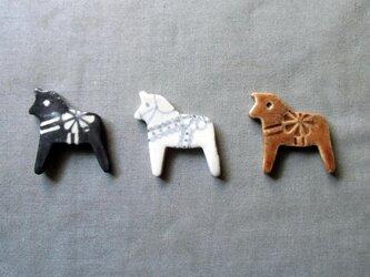 ダーラナホースの箸置き(3個組)の画像