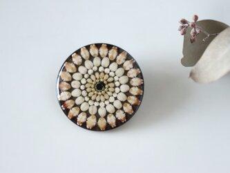 お米のブローチ もち麦  富山県産の画像