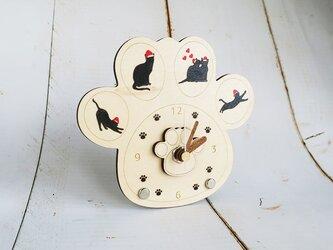 クリスマス猫ちゃん肉球時計の画像