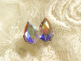小さなしずくスワロの一粒ピアス(クリスタルオーロラ・チタンポスト)の画像