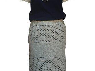 tight skirtの画像