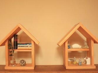 桧が香る 家型の本棚 / ドールハウスの画像