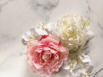 七五三 和装 髪飾り 芍薬×胡蝶蘭の画像