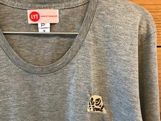 フクロウ 刺繍 Uネック ロングスリーブ Tシャツの画像