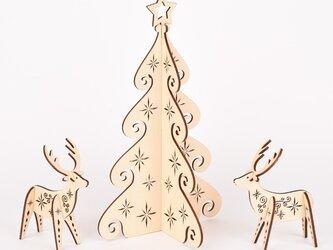 ホワイトクリスマスツリー(木製インテリア)の画像