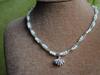 《セット》ぺんぺん草の花ペリドットネックレスの画像