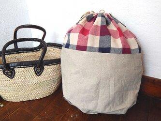 バッグインバッグ巾着 ボックス柄の画像
