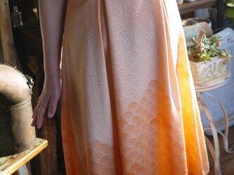 リメイク正絹着物からワンピース 袱紗入れ付きの画像