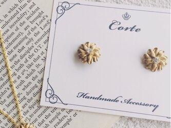 小ぶり vint-flower お揃いピアスとネックレスの画像