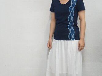 藍染 UネックTシャツ よろけの画像