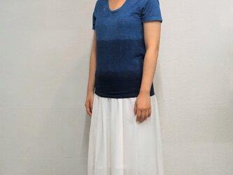 藍染 UネックTシャツ グラデーションの画像