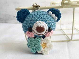 【受注生産】濃ブルー&ネイビーブルー・小花・クマさん*鈴付きイヤホンジャックストラップの画像