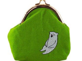 いねむりくまのがま口財布M(シロクマ×ライムグリーン)の画像