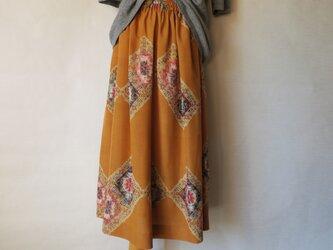 銘仙のたっぷりギャザースカートの画像