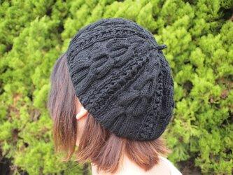 模様編みのベレー風どんぐり帽子【ブラック】の画像