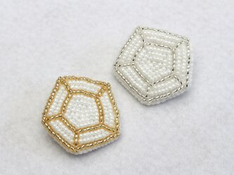 キラキラ宝石ブローチの画像