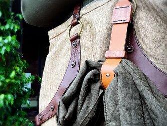 作り込んだ マフラーホルダー(ニット帽/手袋/スカーフ/ストールなども) の画像
