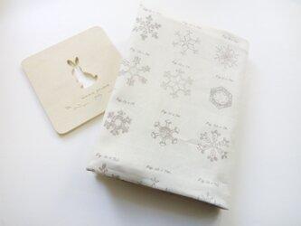 usaコットン 雪の結晶の標本・・・*ブックカバー(文庫本用)の画像