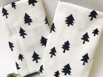 だっこひも よだれカバー ★北欧 もみの木 クリスマスツリー 白黒の画像