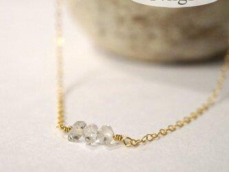 ハーキマーダイアモンド3粒ネックレス14kgfの画像