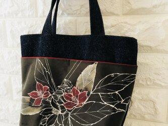 着物×デニムバッグ 花プリント柄の画像