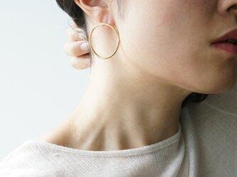 Moon halo earrings/largeの画像