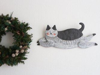 壁掛け 飛び猫 (黒)の画像