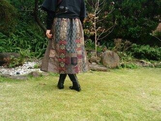 エレガントスカートの画像