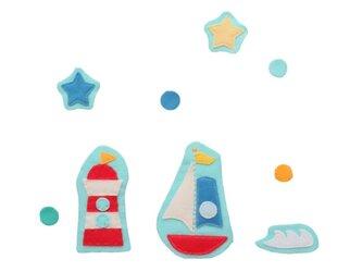 乗り物ワッペン 海のワッペン;ヨットと灯台とお星さまの画像