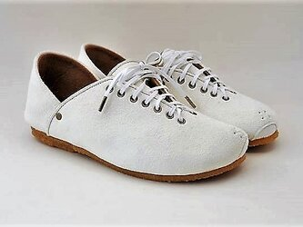 #Tokuyama Shoes:『plie sneakers』white suede leatherの画像
