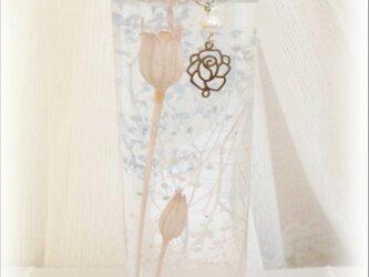 ハ‐バリウム 白バラ&アクアマリン<天然石>の画像