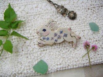 薄紫のお花畑ウサギちゃん✾の画像
