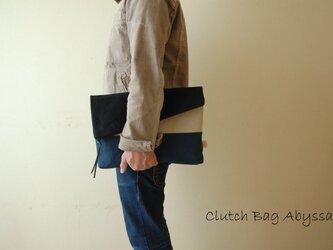 倉敷帆布*A4サイズの二つ折りクラッチバッグ<アビサル>の画像