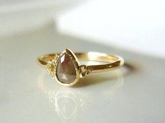 ナチュラルダイアモンドのK14指輪(グレイッシュブラウン)の画像