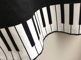 S〜LLから選択セミオーダー●黒リネン×ピアノのワンピース●の画像