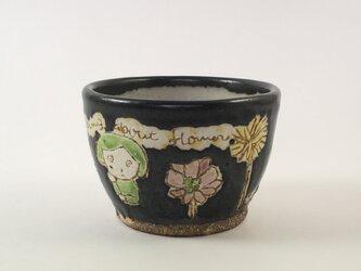 黒色のカップ-flower-の画像