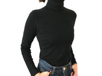【7分袖】形にこだわった 大人のタートルネックTシャツ【色・サイズ展開有】の画像