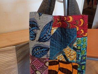 トートバッグ  アフリカの布たちを繋いでの画像