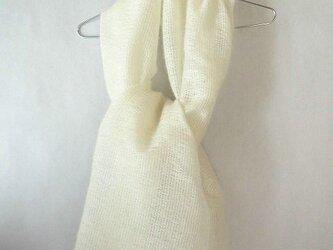 手織り 真っ白のモヘアのストール(1)の画像