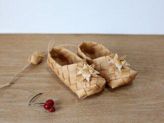 白樺の星飾りの小さな靴 の画像