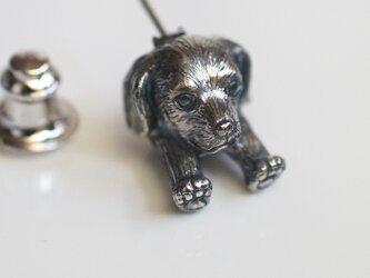 ダックスフントの犬ピンブローチの画像