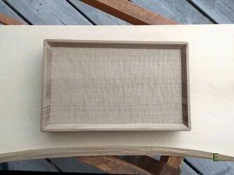 木のトレー 朴の画像