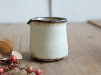 ミルクピッチャー やさしい雰囲気の白マット系の画像